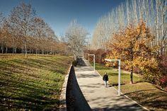 Batlle i Roig   Landscape Barcelona. Central Park. Photography: www.jordisurroca.com