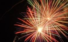We have gathered up seven top fireworks-themed GIFs that will see the explosive 4th July action continued on your computer screen.