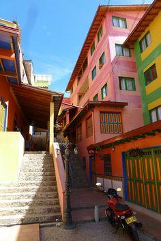Guatape, Colombia Central America, South America, Ecuador, Beautiful World, Beautiful Places, Cali Colombia, Bolivia, Travel Inspiration, Travel Destinations