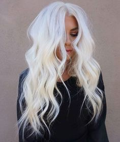 Stunning level 10 icy platinum hair– looks gorgeous on long, beach-waved, layer… - Platinum Blonde Hair Icy Blonde, Platinum Blonde Hair, Ice Blonde Hair, Icy Hair, Silver Blonde, Blonde Color, Blonde Balayage, Blonde Highlights, Ombre Hair
