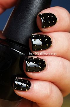 Studded Nails... OMG I want these!!!!