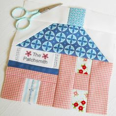 What a lovely sew-along The Splendid Sampler  is turning out to be.  It is a real mixture of embroidery, patchwork and applique.     Bloc...
