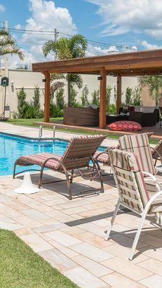 Backyard Pool Designs, Swimming Pools Backyard, Patio Design, Backyard Patio, Decor Home Living Room, Outdoor Living Rooms, Outdoor Spaces, Outdoor Decor, Terrace Decor