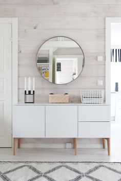 Ideas Original to decorate your table this season Ideas Original to decorate your table this season How to decorate your bedroom Scandi style Decoration Inspiration, Interior Design Inspiration, Dresser Inspiration, Decor Ideas, Design Ideas, Bathroom Inspiration, Design Projects, Design Trends, Diy Ideas