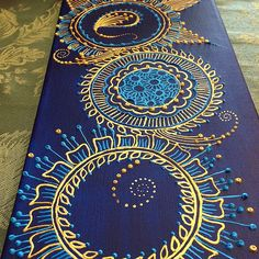technique: puffy paint henna on canvas Henna Canvas, Diy Canvas, Canvas Art, Diy Paintings On Canvas, Mandala Art, Mandala Canvas, Mandala Tattoo, Henna Kunst, Henna Art