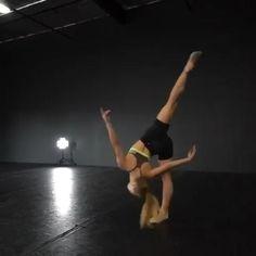 Ballet Dance Videos, Dance Tips, Dance Choreography Videos, Dance Poses, Contemporary Dance Moves, Modern Dance, Dancer Workout, Cool Dance Moves, Gymnastics Videos