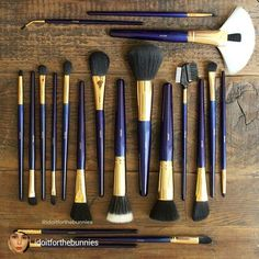 What a beautiful image by: @idoitforthebunnies. Don't forget we have a buy this get that free offer on at the moment. Purchase this stunning Must Have Pro Set, and get a Mini Bamboo Brush Set FREE!  MORE INFO: http://blog.furlesscosmetics.com.au/buy-this-get-that-free/