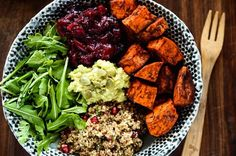 These bowls don't just look good, they are good for you! Packed with essential macronutrients, these recipes are perfect to have in your back pocket.