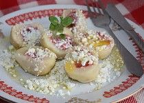 MN: dumplings - kids love them Czech Recipes, Ethnic Recipes, Dumplings, Potato Salad, Pizza, Eggs, Potatoes, Bread, Breakfast