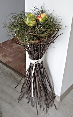 - Ostern Dekoration Garten Beton Things to consider per a beautiful garden Basic principles of garde Deco Nature, Diy Décoration, Diy Mask, Easter Crafts, Easter Decor, Easter Ideas, Plant Hanger, Beautiful Gardens, Flower Arrangements