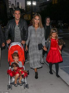 Family time: Jessica was joined by her husband of seven years, Cash Warren and their daughters Haven (L) and Honor (R)
