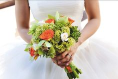 A modern and whimsical bouquet - Check out navarragardens.com for info on a beautiful Oregon wedding destination!