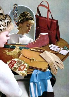 Designer Handbags and Discount Shopping. Everyone wants brand name accessories, especially in the trendy fashion circles. Moda Fashion, 1960s Fashion, Fashion Bags, Trendy Fashion, Fashion Accessories, Vintage Fashion, Women's Fashion, Fashion History, Vintage Accessories