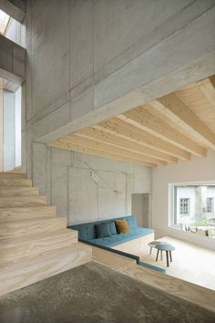 """Haus D"" occupies a small site at the center of a scenic suburb of the city of Tuttlingen. Concrete Architecture, Concrete Building, Interior Architecture, Interior Design, Design Studio, House Design, Conceptual Design, Building Materials, Lorraine"