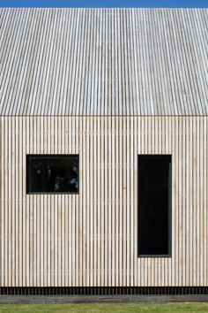"""Ström models annex for Hampshire home on """"rustic boutique hotel"""" Timber Architecture, Modern Architecture Design, Facade Design, Residential Architecture, Timber Cladding, Exterior Cladding, Modern Tiny House, Modern Barn, Wooden Facade"""