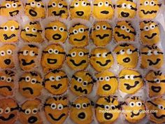 The Bee in the Kitchen Minion Cookies, Specialty Cakes, Minions, Beehive, Sweet, Desserts, Food, Kitchen, Candy
