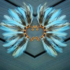 Turquoise feather earcuffs. A Fun addition to any jewelry collection! Made with love ready to ship immediatly!! link in my bio  #madewithlove #earcuff #highsociety #featherearcuff #fashionbloggers #edc #festival #festivalfashion #highfashion #boho #bohemian #gypsy #festivals #grunge #instagood #etsy #carnival #goodvibesonly #artisan #jewelry #coachella #tribal #etsyusa #spiritanimal #peacock #artisanjewelry #edm #featherjewelry #scenegirl #bohostyle
