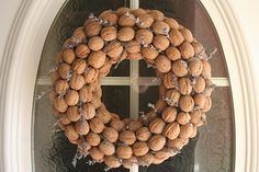 Walnut & Lavender Wreath: Directions on site are going thru Google Translate so they are a bit odd.