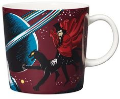 """This mysterious Moomin mug by Arabia from 2018 features the Hobgoblin and his panther. It's beautifully illustrated by Tove Slotte and the illustration can be seen in the original book """"Finn Family Moomintroll"""" by Tove Jansson. Moomin Shop, Moomin Mugs, Moomin Cartoon, Troll, Helsinki, Tove Jansson, Hobgoblin, Valencia, Porcelain Mugs"""