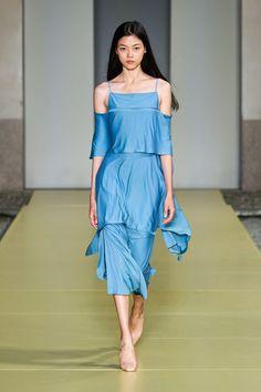 Fashion 2020, Runway Fashion, Fashion News, Fashion Beauty, Fashion Show, Fashion Trends, Milan Fashion, Ladies Fashion, Salvatore Ferragamo