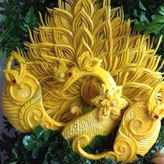 Food Carvings Peacocks | Impossible peacock - 101 Pumpkin carving ideas