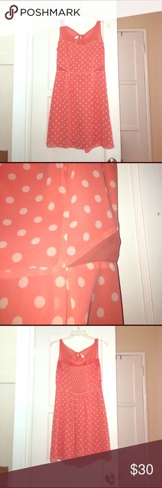 Jessica Simpson Cora Dress Super cute Jessica Simpson dress with white polka dots on a coral background. Sweetheart neckline with a mesh overlay and mesh side cutouts. Worn once for formal family photos and that was it. Jessica Simpson Dresses Midi