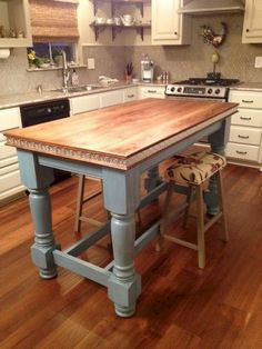 Painted Kitchen Island Legs for Contempory Kitchen Style - Osborne Wood Videos Painted Kitchen Island, Farmhouse Kitchen Island, Kitchen Paint, Country Kitchen, Kitchen Decor, Kitchen Islands, Kitchen Ideas, Design Kitchen, Farmhouse Kitchens