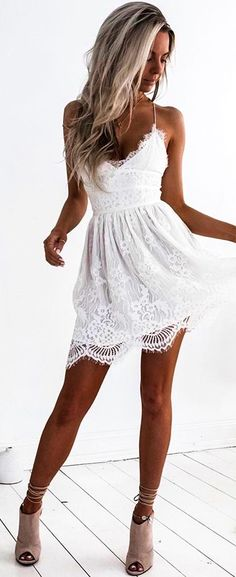 Buy A-Line Spaghetti Straps Lace up V Neck Sleeveless Short White Lace Homecoming Dress in uk.Rock one of the season's hottest looks in a burgundy homecoming dress or choose a timeless classic little black dress. Classy Summer Outfits, Spring Outfits, White Summer Dresses, Outfit Summer, White Lace Dresses, Summer Shoes, Preppy Outfits, Spring Shoes, Spring Dresses