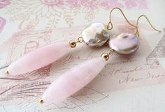 Rose quartz earrings dangle earrings baroque pearl by Sofiasbijoux