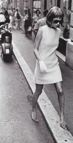 PETER LINDBERGH | Kate Moss | Iconic Model | VOGUE | fashion icon | editorial | legs | scooter | street scene | sidewalk | shades | black & white | stilettos | walk | glamour | gloves | | www.republicofyou.com.au