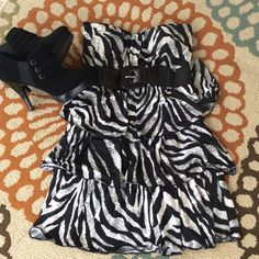 RUE 21 Zebra dress Strapless with wide belting attached. Soft silky with built in support Rue 21 Dresses Mini