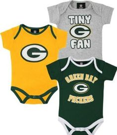 63d15b697 Amazon.com  NFL Green Bay Packers Infant Boys 3-Pack Creepers -  Green Gold Ash (24 Months)  Clothing