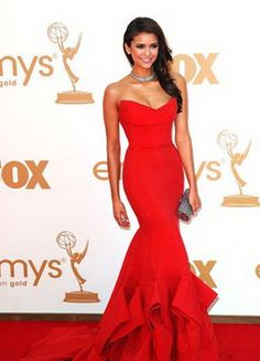red strapless mermaid formal dress in Emmys 2011 red carpet.... oh how I absolutely love this.