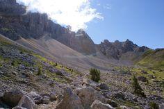 Latemar gebergte. Route pad 22, 23 en 504 naar Dos Capel (  2366m).
