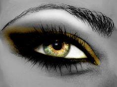 Artistic Eye  Wallpaper