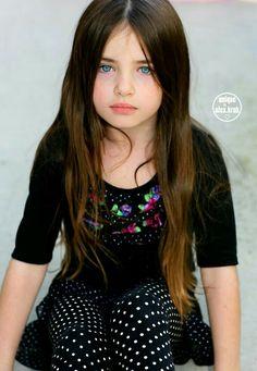 Lovely Lily by Alex Kruk Beautiful Little Girls, Cute Little Girls, Beautiful Children, Cute Kids, Preteen Girls Fashion, Fashion Kids, Girl Fashion, Little Girl Models, Child Models