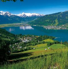 Austria, Tirol - Zell am See. The Tauern bicycle route follows the shores of the lake before heading to Salzburg.