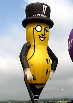 Mr. Peanut balloon, met these balloonists several years ago..This balloon is at almost every race across the world.  Everyone knows Mr. Peanut.  I still have my pin they gave me.