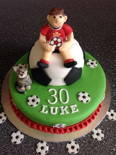 about Stes 30th on Pinterest  Manchester united cake, Manchester ...