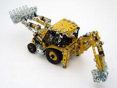 Meccano JCB backhoe excavator by Wayne Hortensius