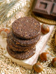 Spelled biscuits, nuts and chocolate Biscotti Cookies, Biscotti Recipe, Yummy Cookies, Cookies Light, Cookie Recipes, Dessert Recipes, Vegan Biscuits, Italian Cookies, Food Obsession