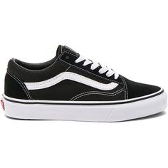 Vans Old Skool (1,075 MXN) ❤ liked on Polyvore featuring shoes, sneakers, vans, laced up shoes, laced sneakers, laced shoes, lacing sneakers and lace up shoes