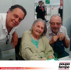 Maria da Purificação Zampol, de 95 anos de idade, chegou ao Poupatempo Mauá com seus filhos José Carlos e Luiz Antonio. Moradora de Ribeirão Pires há quase sete décadas, onde trabalhou como professora, ela foi ao posto tirar a 2ª via do RG. Penteou os cabelos antes de tirar a foto e, mesmo com dificuldade motora, fez questão de assinar o documento. Seu RG anterior, emitido em 1968, ainda estava em ótimas condições, assim como a Certidão de Nascimento emitida em 1948. Fez, Coat, Jackets, Fashion, Birth Certificate, Senior Living, Sons, Up Dos, Hair