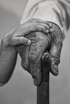 "-BLEN: Restart hands- Let me Help By Hussain Khalaf ""Manama - Kingdom of Bahrain This is life where child help old people to gain the knowledge and take over"" Black White Photos, Black And White Photography, Monochrome Photography, Beautiful People, Beautiful Pictures, Beautiful Boys, Simply Beautiful, Jolie Photo, Great Photos"