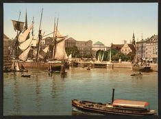Børskanalen med det brændte Christiansborg i baggrunden ca. 1890