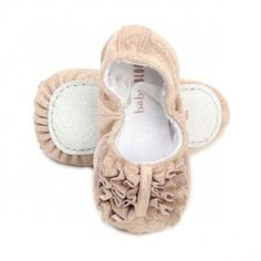 Holy Hannah you are too sweet bloch shoes!  And all on smallable website too.. big awww..
