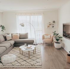 70 Delicate Tiny Apartment Design Ideas That Are So Inspiring - Decor Living Room Decor Cozy, Home Living Room, Interior Design Living Room, Living Room Designs, Small Apartment Living, Living Room Inspiration, Indoor Plants, Greenery, 8 Weeks