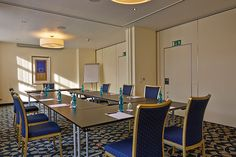 Eines der Konferenz- & Seminarräume / One of the conference and seminar rooms | RAMADA Überseehotel Bremen