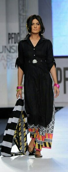 Simple but chic Indian fusion. love the different patterns . off to search out a shirt dress, bye! Ethnic Fashion, Indian Fashion, Boho Fashion, Womens Fashion, Pakistani Dresses, Indian Dresses, Indian Outfits, Indian Attire, Indian Wear