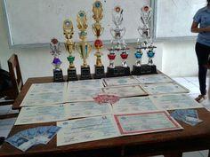 20 piagam penghargaan, 6 buah piala, dan uang pembinaan sebesar Rp 1.080.000